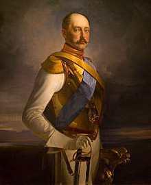 Николай I в перчатках