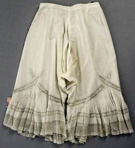 История появления панталон